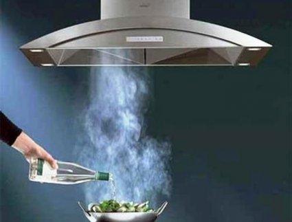 Особливості вибору кухонної витяжки
