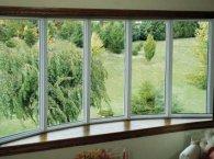 Алюмінієві вікна на балкон і лоджію: особливості систем та їх монтаж