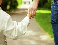 Навіщо нам чужі діти, якщо можемо мати рідних?