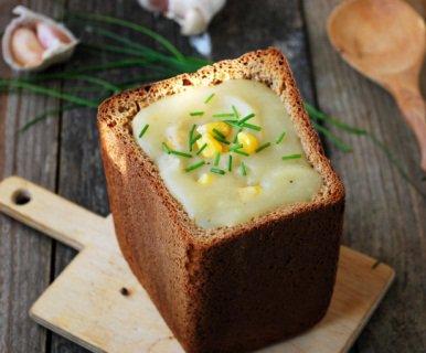 Більше двохсот корисних крем-супів  подають у тарілках, які можна…їсти