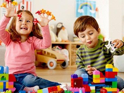 Як обирати розвиваючі іграшки для дитини?