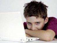 Ґаджети роблять дітей вередливими, лінивими та понурими
