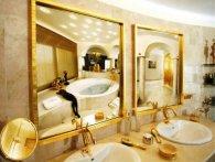 Золота ванна - розкіш та грайливість