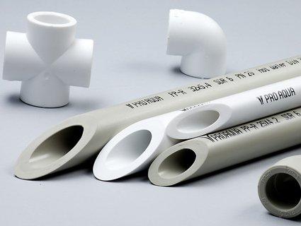 Переваги алюмінієвих і пластикових труб
